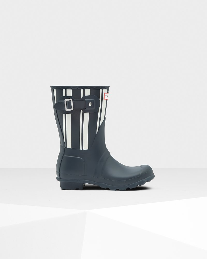 "<Span Itemprop=""Name"">Women's Original Garden Stripe Short Rain Boots</Span>:                     <Span>Navy/White</Span> by Hunter"