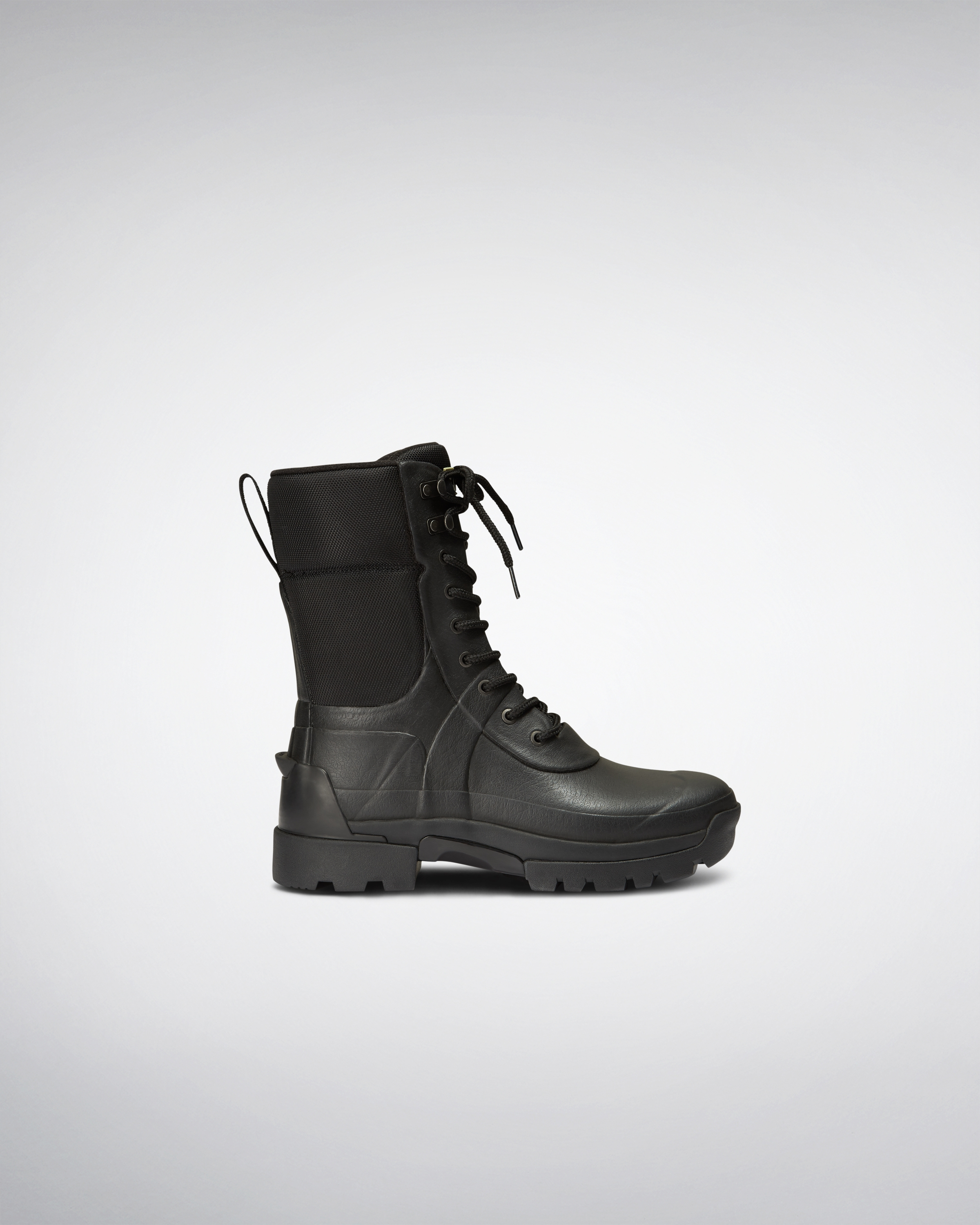 6c26401eb56d54 Mens Black Balmoral Combat Boot | Official Hunter Boots Site