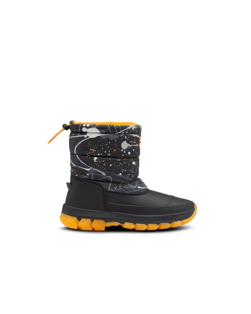 *Size/Fit Summary: True to size, Regular fit* Take on new icy habitats with the Women\\\'s Original Printed Short Snow Boot. Offering maximum protection and warmth to the most daring explorers in even the most challenging terrains. Handcrafted with a fleece lining, PU quilted nylon upper, hydroguard waterproof membrane and an innovative Ortholite footbed, tread through frosty excursions with the comfort and support you can rely on. With the ability to be worn in temperatures as low as -7°F, your fe